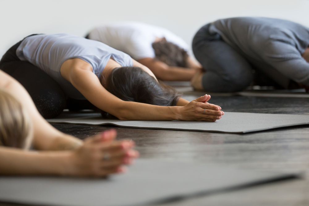 Pause yoga Bordeaux - Posture de l'enfant